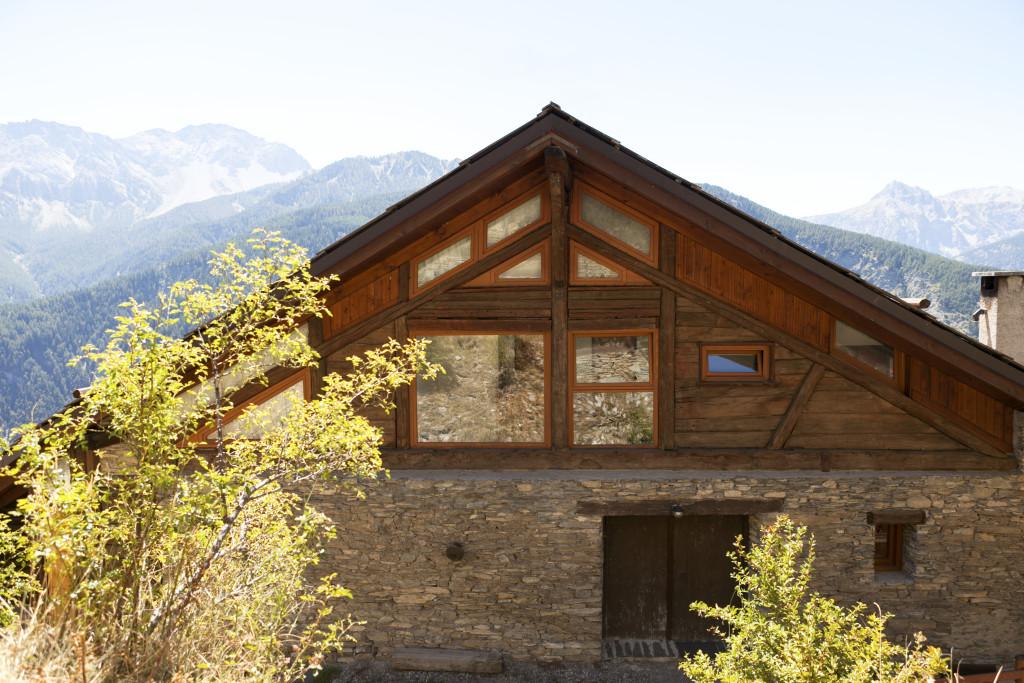 Case Di Montagna In Pietra : Casette di montagna in pietra roccasparvera cn
